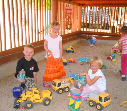 sandbox-6th-ward-kids-web-size
